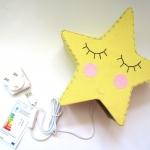 Yellow star light with USB port and 3-pin UK plug