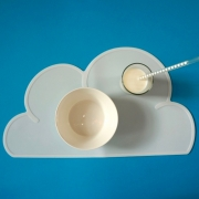 White silicone kids cloud placemat